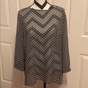 3/$25 🥳 LOFT Gray & White Polka Dot Top